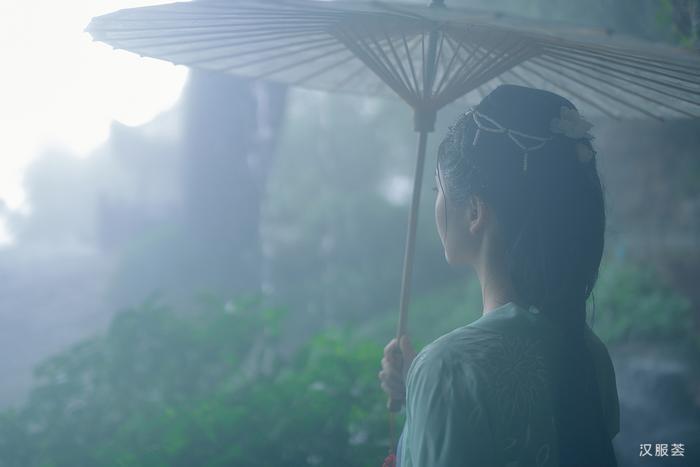 雨夜,请入梦一避