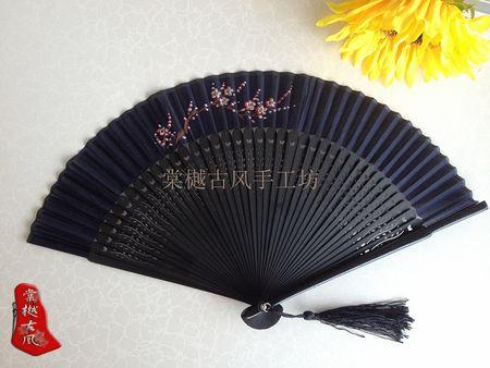【货暂缺】古风工艺民族风镂空雕花绢面手绘七寸折扇
