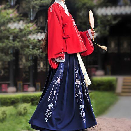 重回汉唐汉服女装春秋冬夭夭其华明制琵琶袖袄裙中国风套装图片