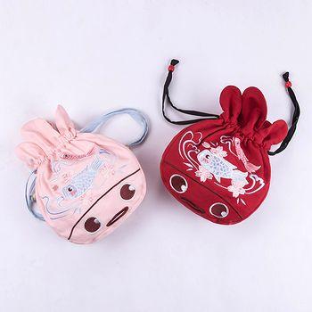 鹿韵记原创设计改良汉服女装百搭配饰金鱼绣花抽绳袋手提包便携