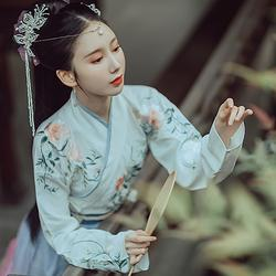 钟灵记玉茗日常汉服女襦裙交领齐腰日常成人礼改良渐变上襦春秋冬