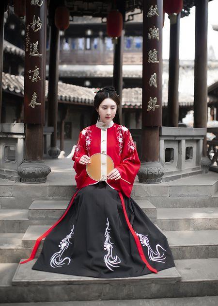 丹墨  观其赋原创传统汉服女 立领琵琶袖上袄 一片式穿孔下裙