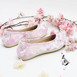 弓鞋女汉服翘头传统百搭日常绣花布鞋千层底平底汉服弓鞋绣花弓鞋