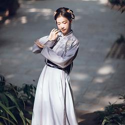 汉尚华莲传统汉服女装及岁除刺绣交领襦裙套装日常秋冬装褙子搭配