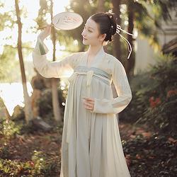 初蕊花朝记汉服原创刺绣花卉一片式穿孔齐胸襦裙春夏清新文艺女装